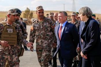 Theresa May and King Abdullah in Jordan
