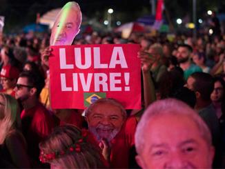 Free Lula – Lula Livre!